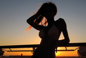 silhouette-of-young-girl