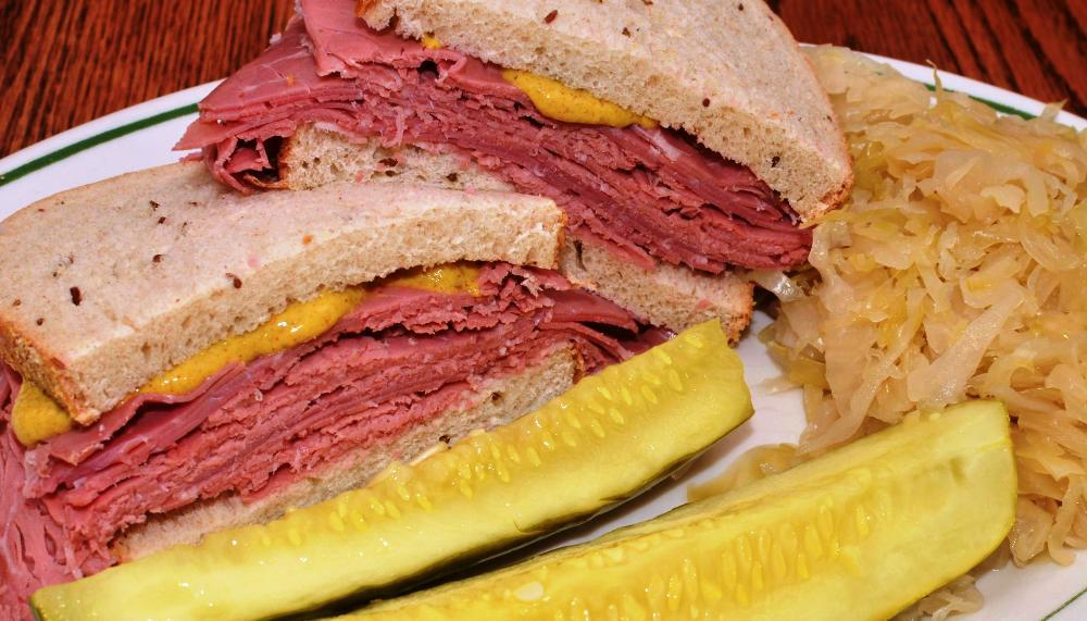 corned_beef_on_rye_with_a_side_of_kraut_.jpg