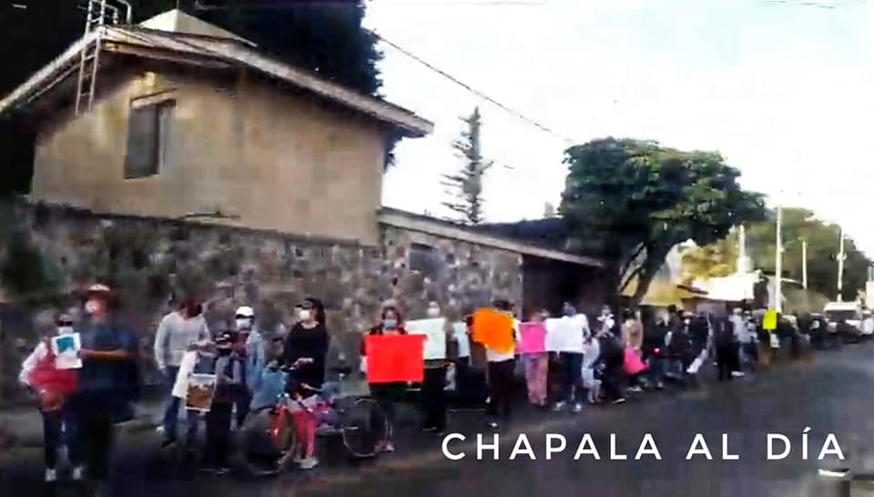 destruction of the environmen in the chapala hills parade.jpg